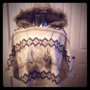 "NWT ""Justice"" Girls Hooded Poncho w Faux Fur  (Lg)"